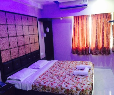 JK Rooms-Nagpur Airport, Rajeev Nagar, Wardha Road, Nagpur,Nagpur