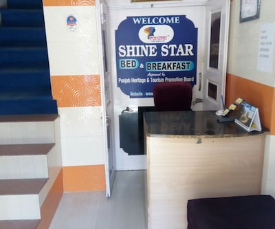 Shine Star Bed & Breakfast,Amritsar