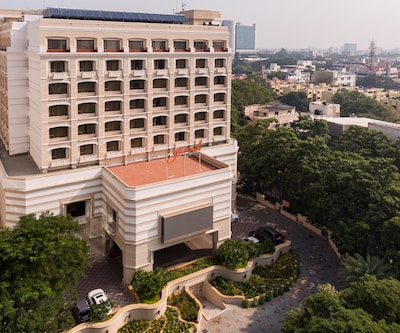 Grand Chennai By GRT Hotel