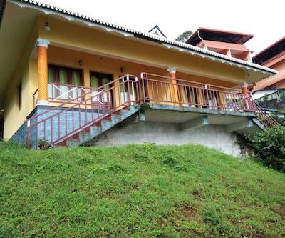 Greenleaf Holidays,Munnar