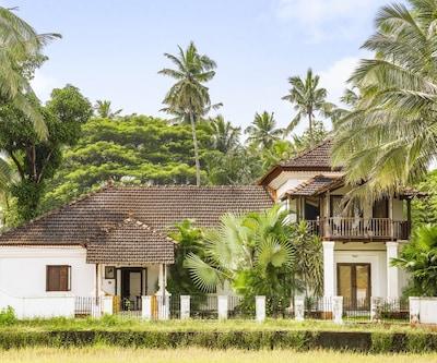 Portuguese 4-BR pool villa,Goa