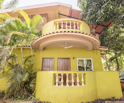 Villa stay for 3 in Candolim,Goa
