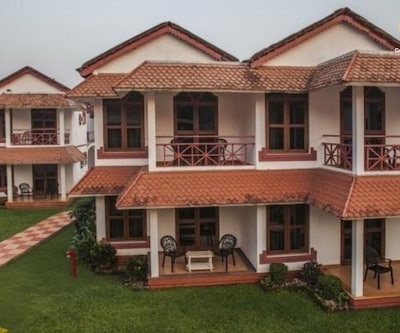 Villa room with shared pool in Betalbatim,Goa