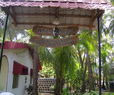 White Negro Beach Resort,Goa