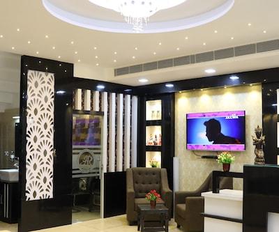 Hotel Aman Residency