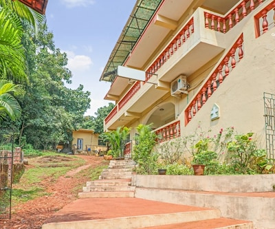 1-bedroom stay for backpackers, 600 m from Baga beach,Goa