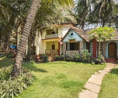 Traditional stay with a rustic touch, 1 km from Candolim Beach,Goa