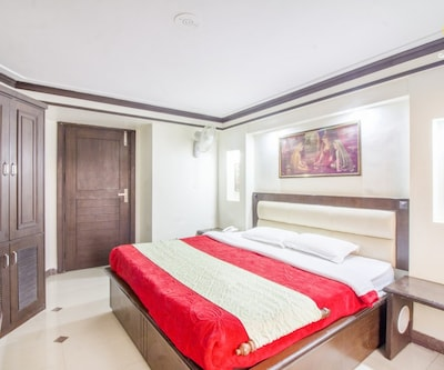 Stylish 10-BR boutique stay, ideal for a reunion,Dharamshala