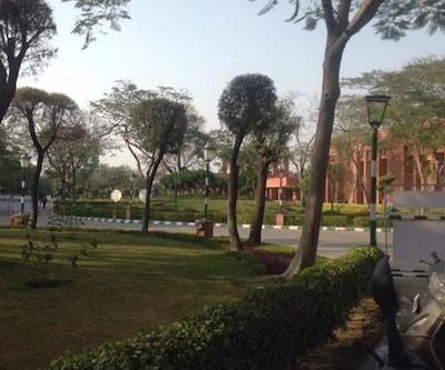 Hotel J P Palace,Agra