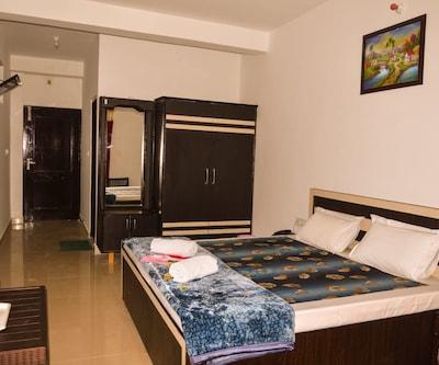 Hotel Satyadev Grand,Dalhousie