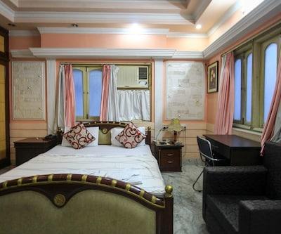 Indus Residency 21 Sector 1