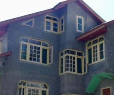 Hotel Arjumand,Srinagar