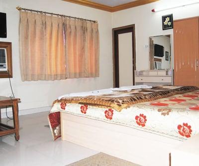 Hotel President,Srinagar