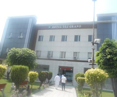 Hotel Tej Grand