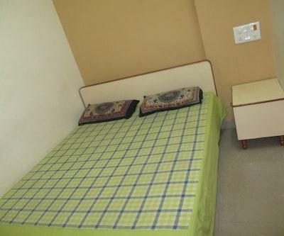 Sreenivas Service Apartments,Chennai