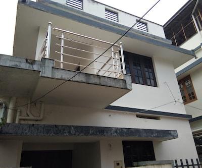 Nichoos Inn,Cochin