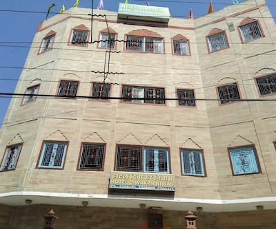 Hotel Diwakar Niwas,Jaipur