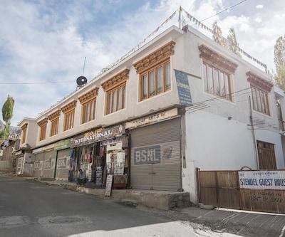 Stendel Guest House,Leh