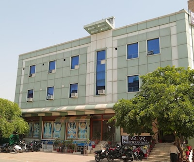 Hotel B.R International,Agra
