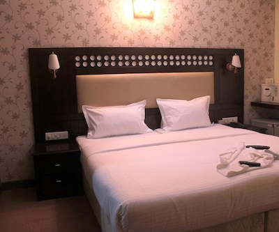 Hibiscus Inn, Koramangala,