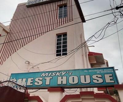 Misky's Guest House,Bhubaneshwar