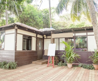 Refreshing retreat for 3, ideal for solitude seekers,Goa