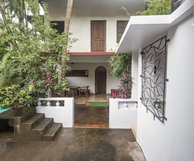Single cottage bedroom, 1.7 km from Calangute beach,Goa