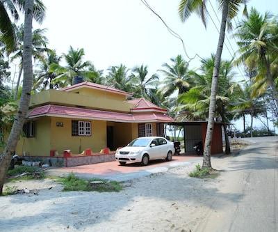 Kadaltheeram Homestay