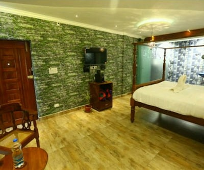 Zoom Inn- Pondicherry,Pondicherry