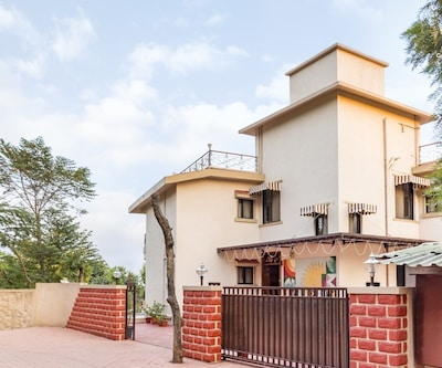 Well-furnished abode for those seeking homely comforts,Mahabaleshwar