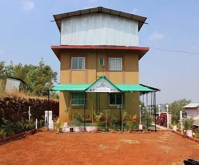 Kusum Palace,Mahabaleshwar