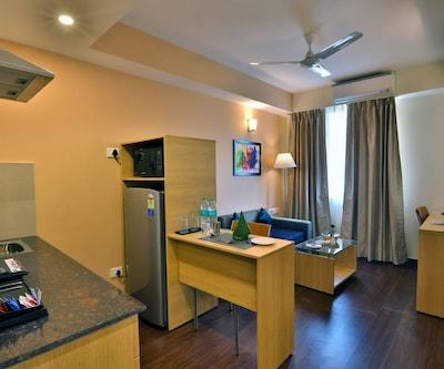 Deluxe Suite Room Single with Breakfast,