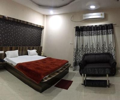 Hotel Taj,Khajuraho