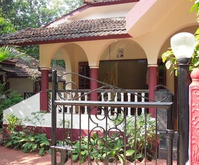 D Souza Ark, Anjuna,