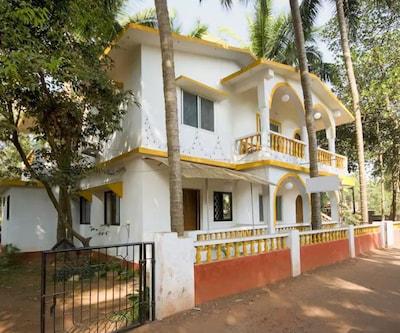 Dsouza Casabella Guest House,Goa