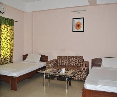 Hotel Ashirbad,Bhubaneshwar