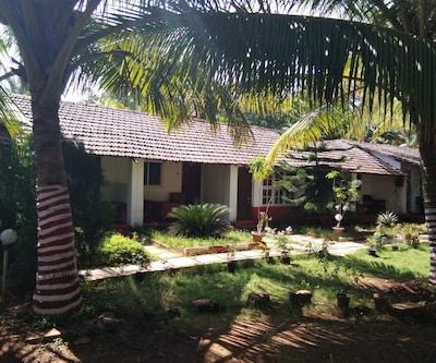 Bhaviks Relax inn,Goa