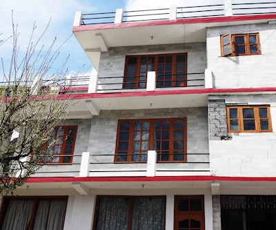 Bazira Cottages,Manali