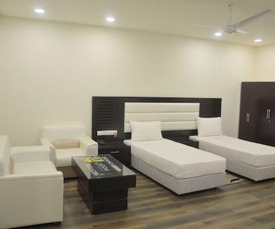 Paradise Hospaitality,Gurgaon