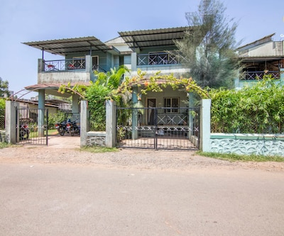 Cosy abode for three, close to Karla Caves,Lonavala