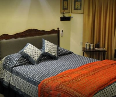 Aashiyan Bed and Breakfast,New Delhi