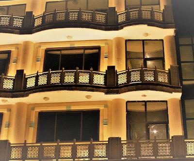 Hotel Maharana Palace, Dampier Nagar,