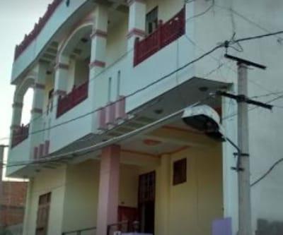 Sinsina Hostel