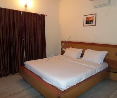OM Residency,J P Nagar,Bangalore