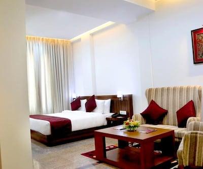Hotel Silk City, Cantonment,