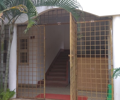 Sathish Guest House,Mysore