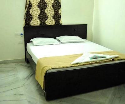 Beacon Platinum Hospitality F,Pune