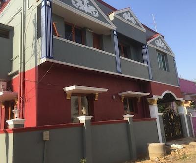 Sairu Guest House,Chennai