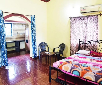 Maanvi Holiday home, Calangute,