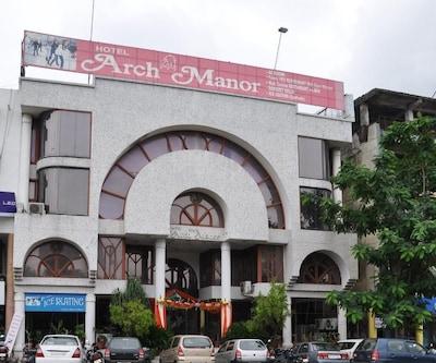 Arch Manor(CWT), none,